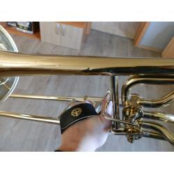 Uchycení ruky - smyčka pro pozoun (trombon)